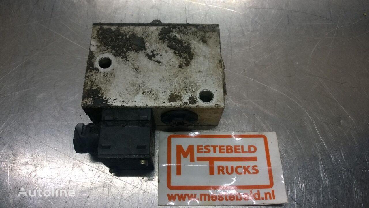 Hoogteregelventiel pneumatic valve for VOLVO truck
