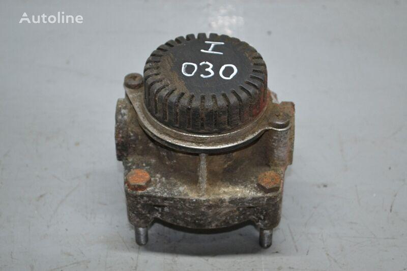 IVECO (01.93-12.02) pneumatic valve for IVECO EuroTrakker/EuroStar (1993-2004 truck