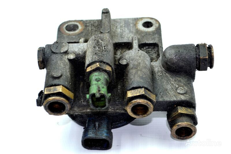 IVECO Korpus / kreplenie toplivnogo filtra pneumatic valve for IVECO EuroTech/EuroCargo (1991-1998) truck