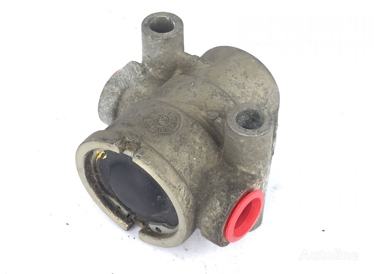 KNORR-BREMSE (2247022 367739) pneumatic valve for SCANIA P G R T-series (2004-) tractor unit