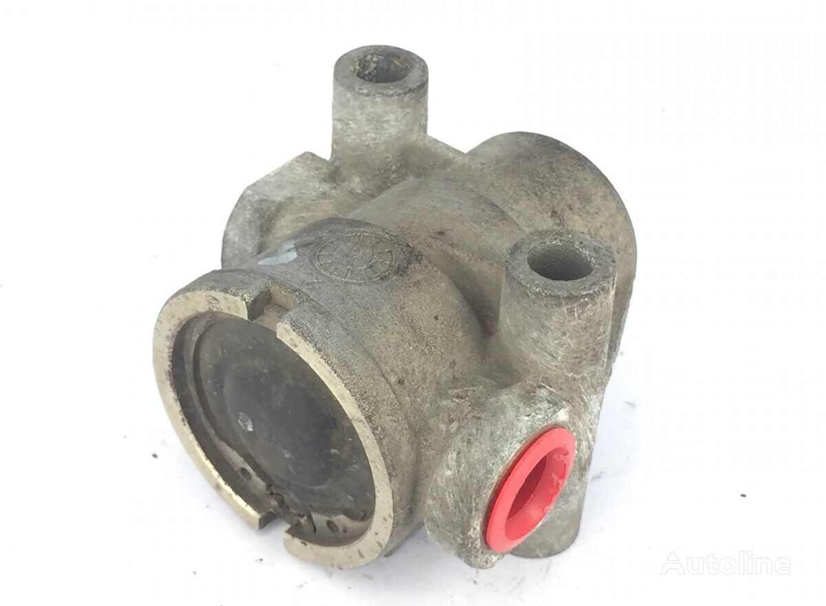 KNORR-BREMSE Air Pressure Regulator (2247022 367739) pneumatic valve for SCANIA P G R T-series (2004-) tractor unit