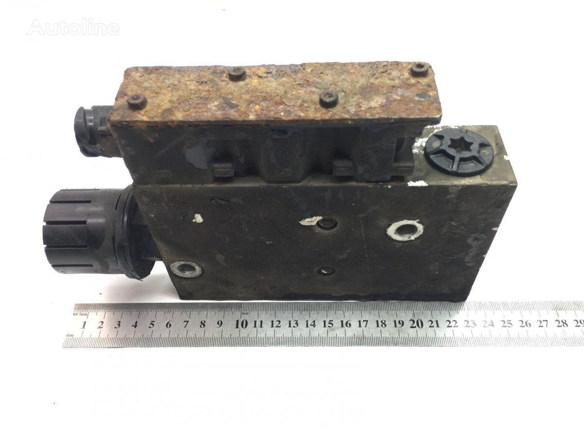 KNORR-BREMSE B7R (01.06-) pneumatic valve for VOLVO B6/B7/B9/B10/B12/8500/8700/9700/9900 bus (1995-) bus