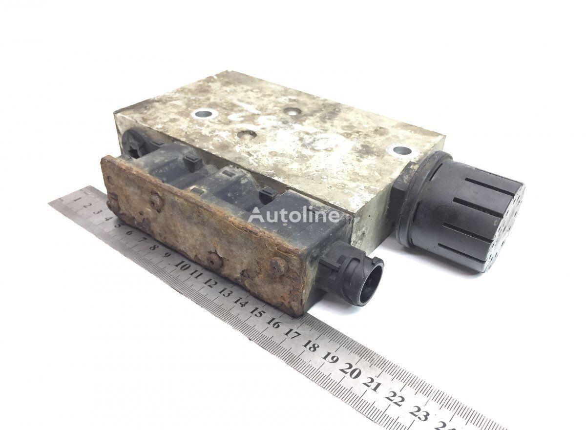 KNORR-BREMSE Solenoid pneumatic valve for VOLVO B6/B7/B9/B10/B12/8500/8700/9700/9900  bus