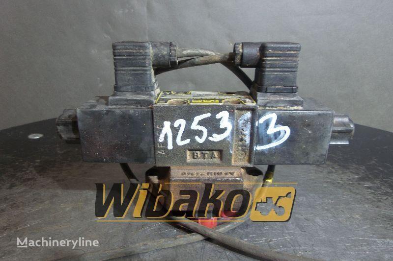 PARKER SP-D2-18-M-10 pneumatic valve for O&K MH CITY wheel excavator