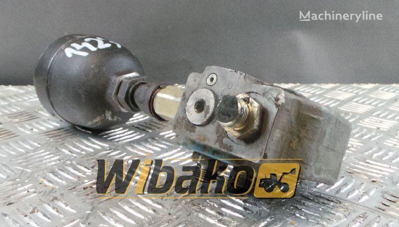 Rexroth LT06-A06-30/150B40/02M pneumatic valve for LIEBHERR R922 excavator