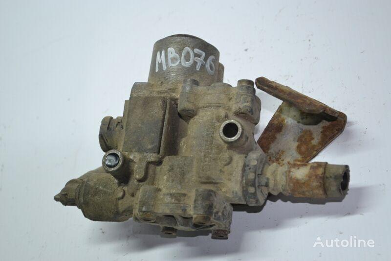 WABCO (4721950160) pneumatic valve for MERCEDES-BENZ Actros MP1 (1996-2002) truck