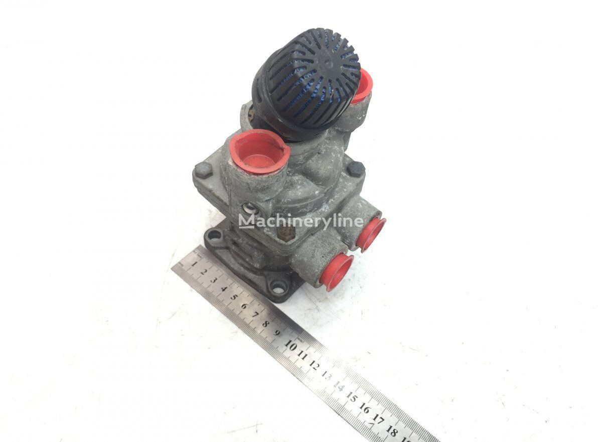 WABCO Brake Main Valve pneumatic valve for MERCEDES-BENZ Econic (1998-) garbage truck