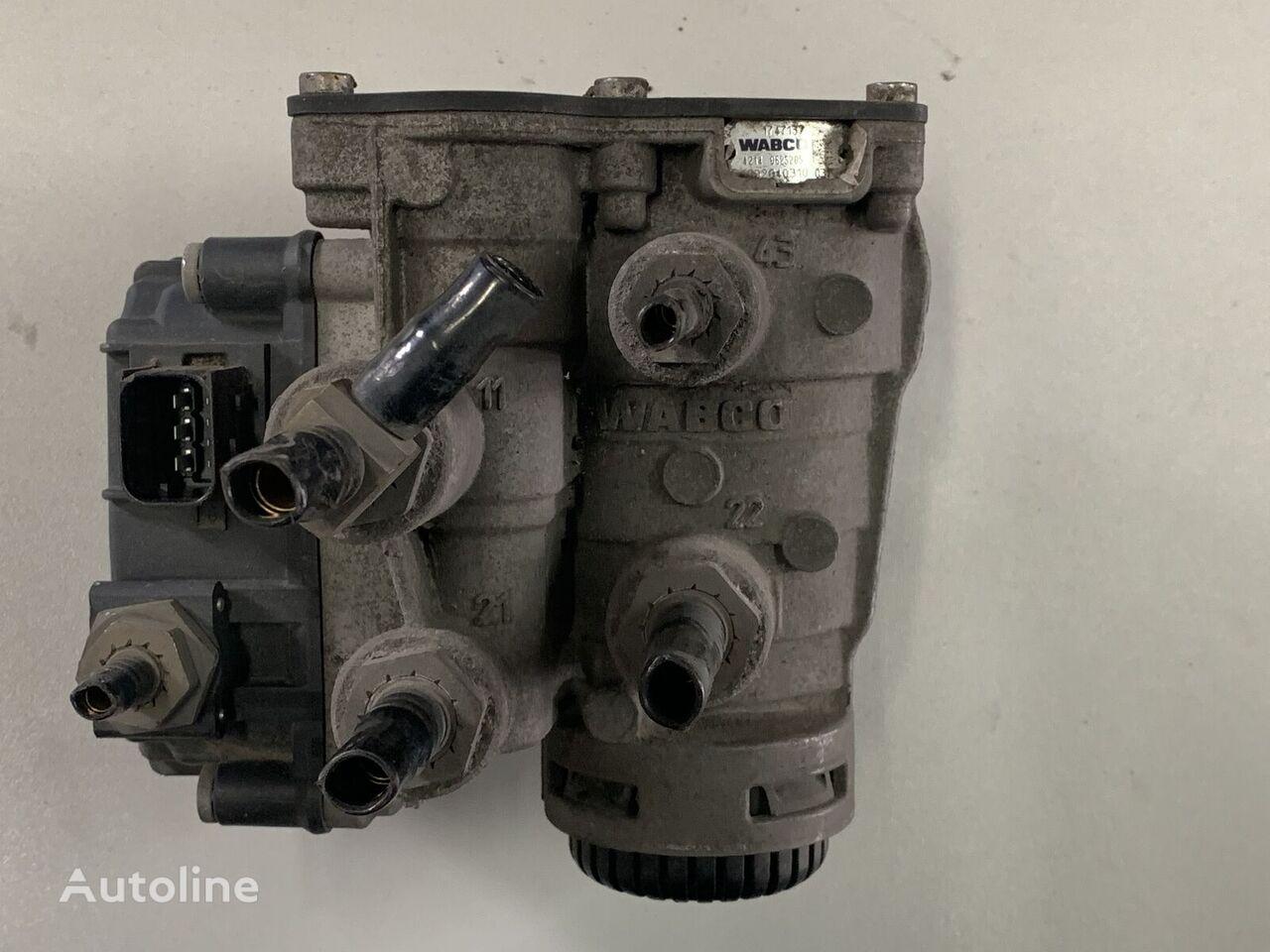 WABCO DAF XF 106 sterowanie naczepą pneumatic valve for DAF XF 106 tractor unit