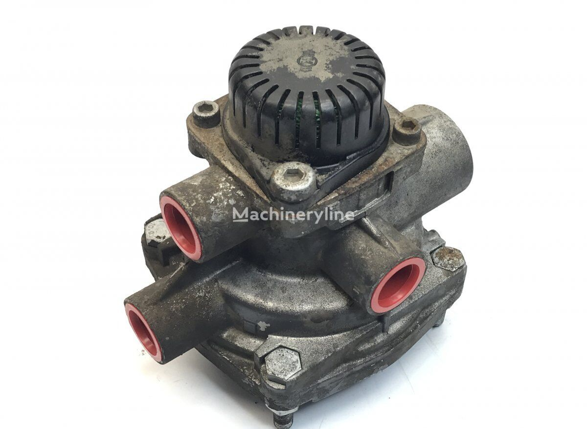 WABCO Relay Valve (A0054297944) pneumatic valve for MERCEDES-BENZ Econic (1998-) garbage truck