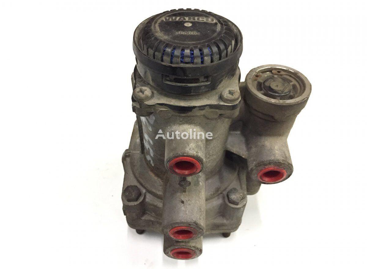WABCO Trailer Brake Valve pneumatic valve for SCANIA P G R T tractor unit
