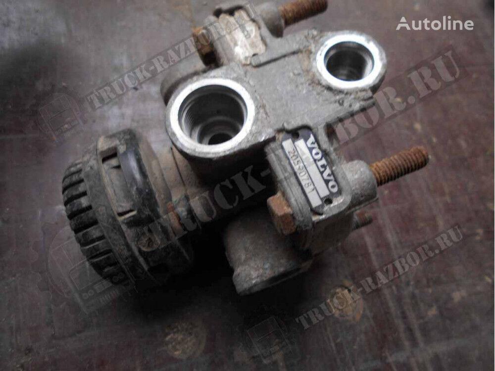 uskoritelnyy pneumatic valve for RENAULT tractor unit