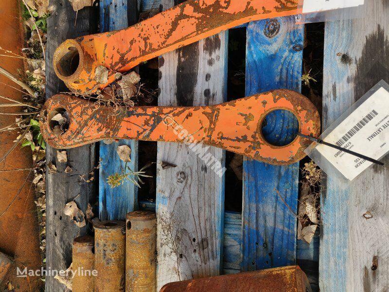 HITACHI BIELLETTE LATERALE quick coupler for HITACHI ZX135 excavator