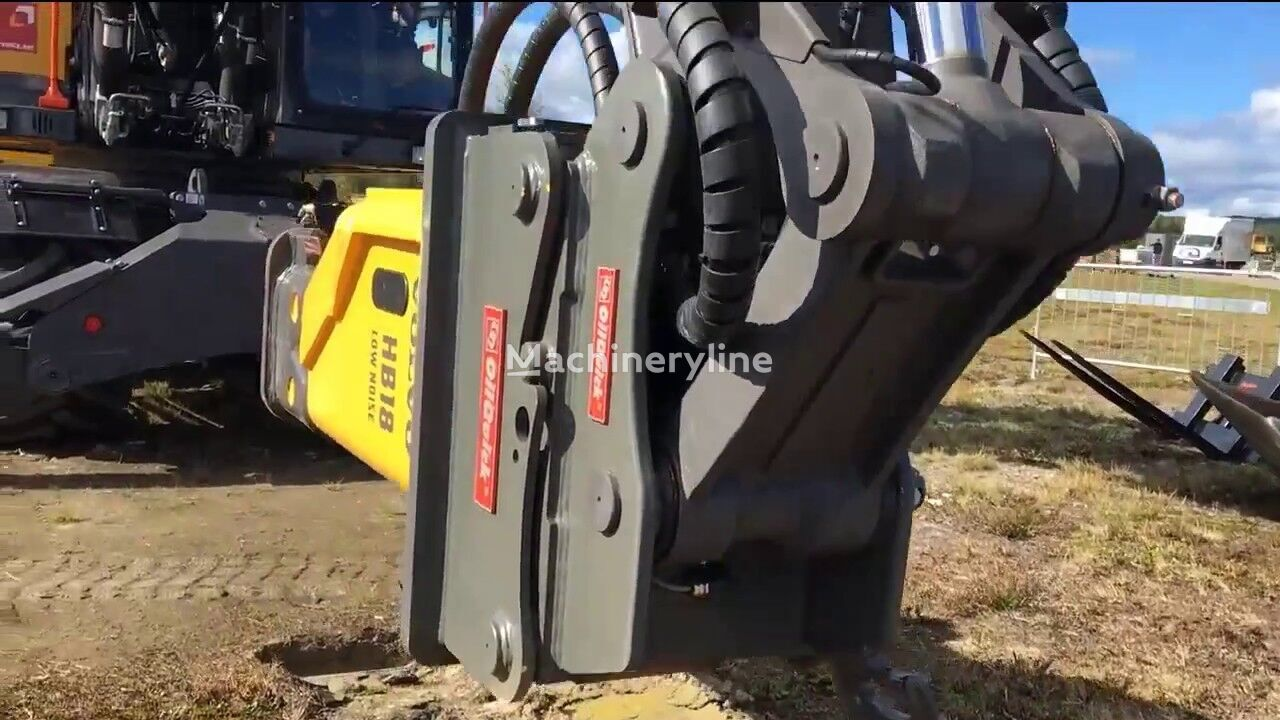 new OilQuick quick coupler for excavator