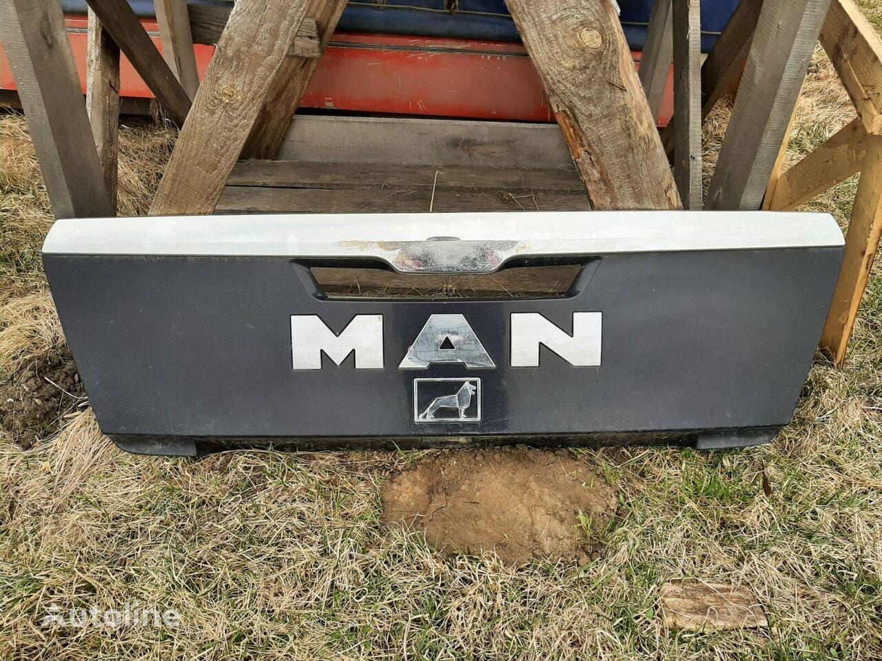 (81611506066) radiator grille for MAN truck