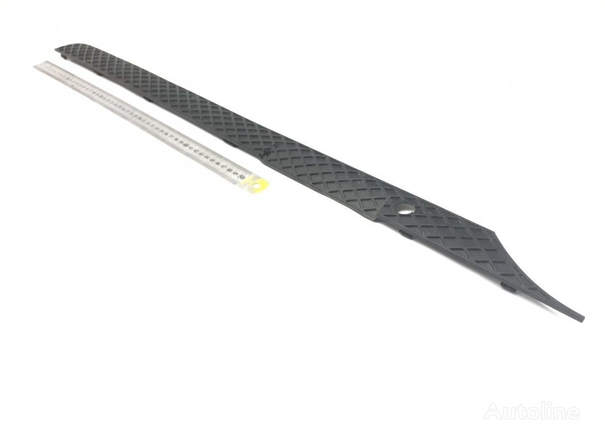 MERCEDES-BENZ Atego 2 815 (01.04-) radiator grille for MERCEDES-BENZ Atego 2 (2004-) tractor unit