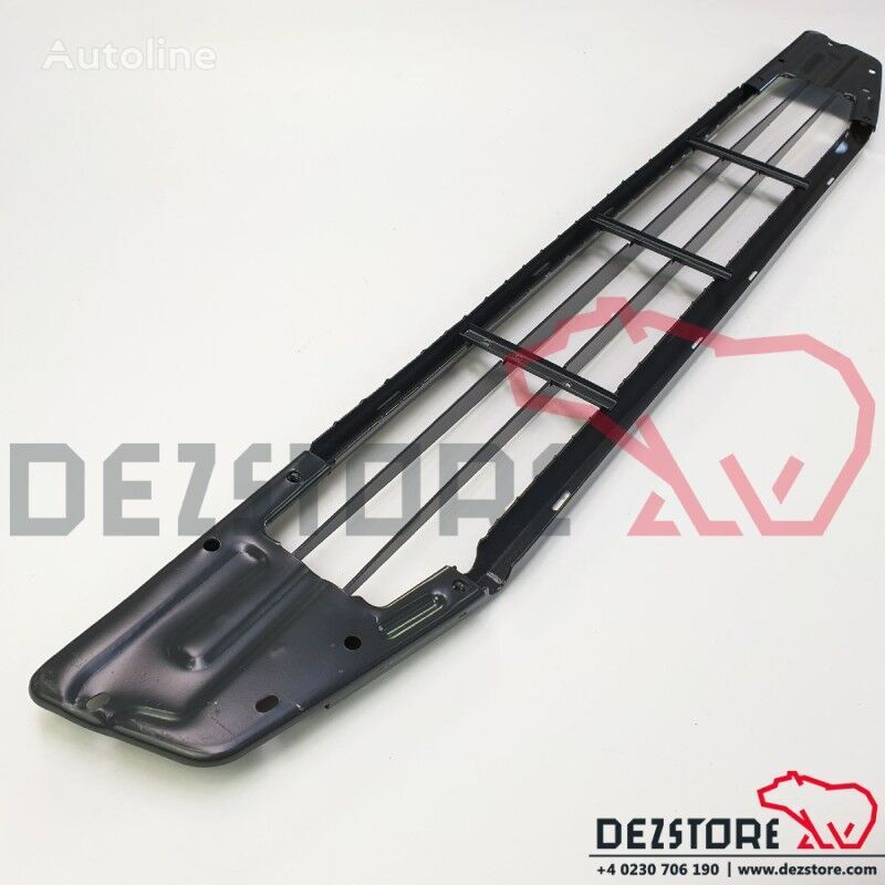 new Grila centrala (82258426) radiator grille for VOLVO FH tractor unit