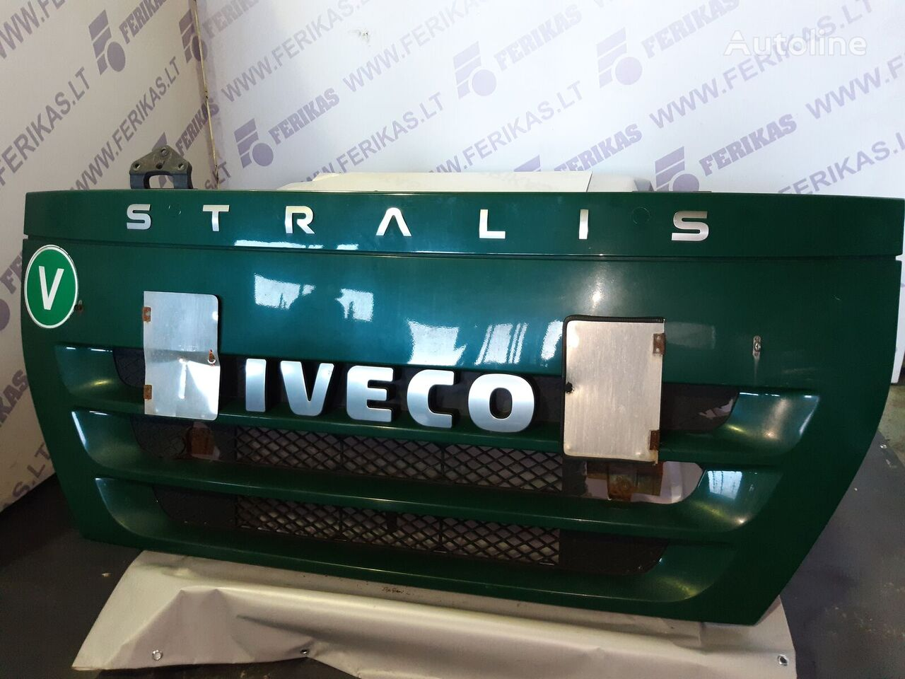 IVECO stralis upper grill , bonnet , hood radiator grille for tractor unit