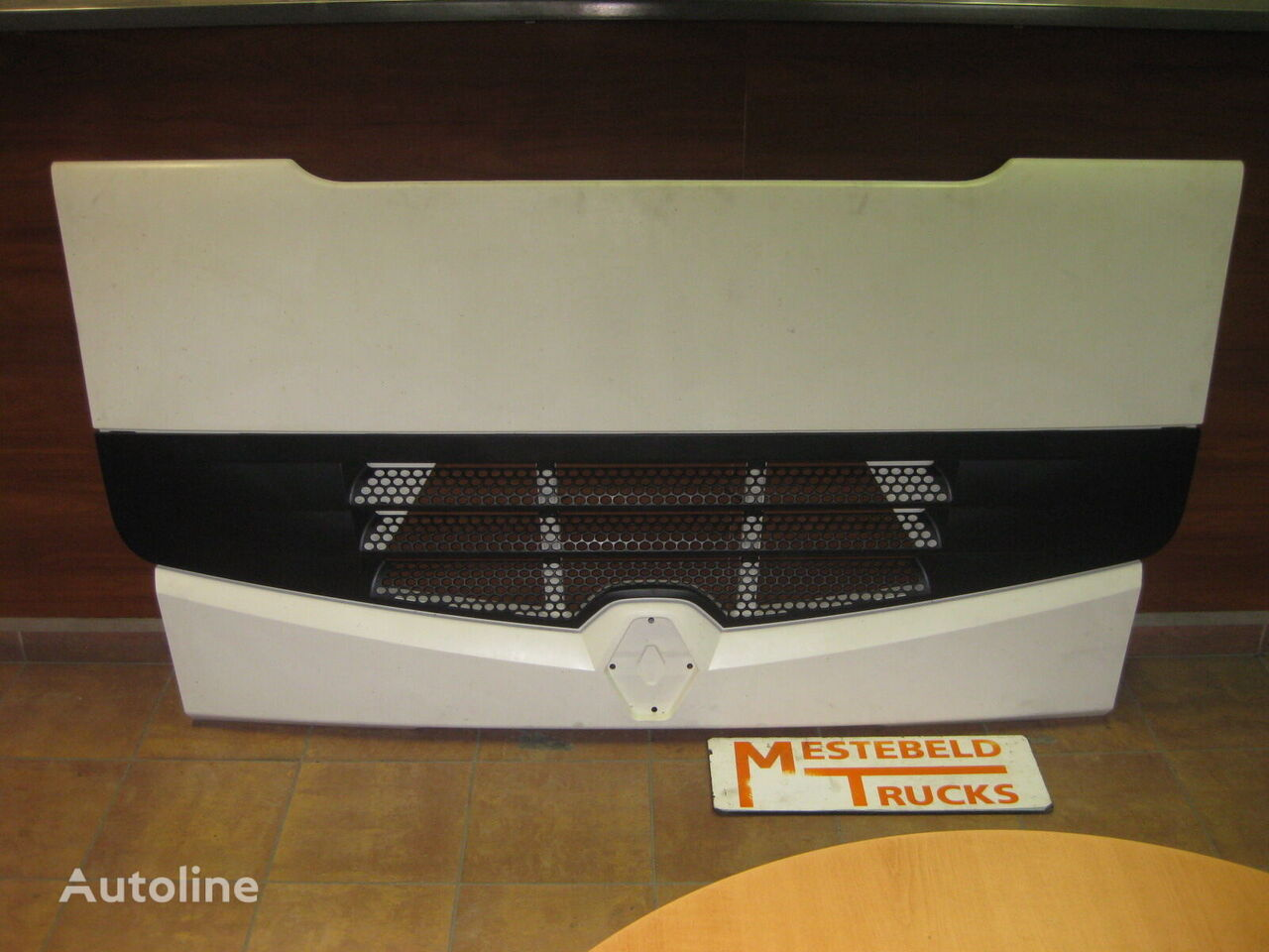 radiator grille for RENAULT truck