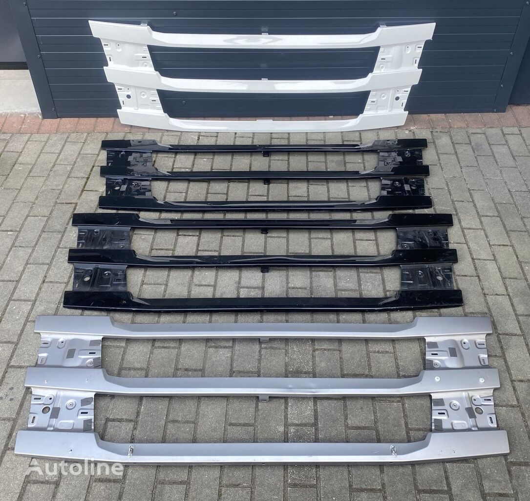 SCANIA radiator grille for tractor unit