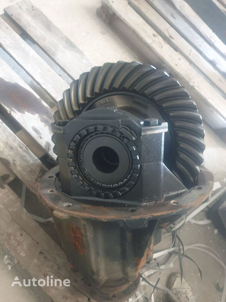 MAN HY-1350 38/14 (81350106256) reducer for MAN tractor unit