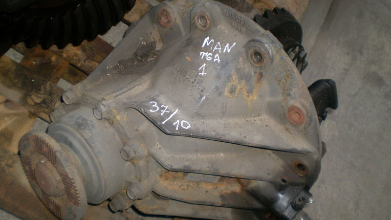 MAN HY-1350 reducer for MAN TGA tractor unit