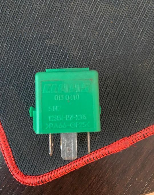 CLAAS 30A 12V oryginał (013041) relay for tractor