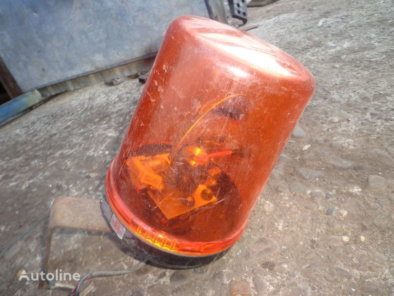 rotating beacon for tractor unit