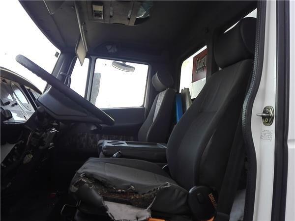 Asiento Delantero Izquierdo Nissan ATLEON 165.75 seat for NISSAN ATLEON 165.75 truck
