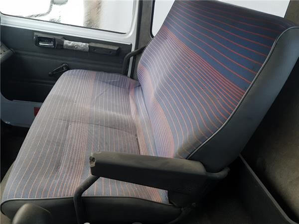 Asiento Acompañante Doble seat for RENAULT MIDLINER S 100 PORTACOCHES truck