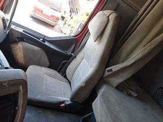 Asiento Delantero Derecho Renault Premium 2 Lander 440.18 (7482106059) seat for RENAULT Premium 2 Lander 440.18 truck