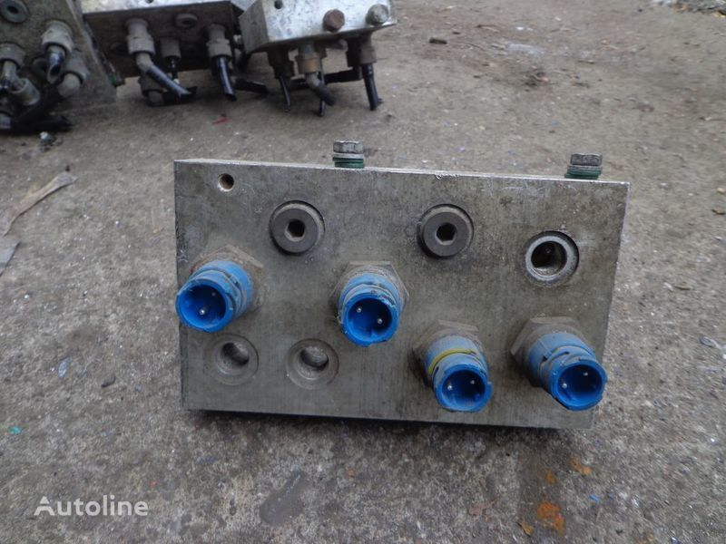 RENAULT sensor for RENAULT Magnum tractor unit
