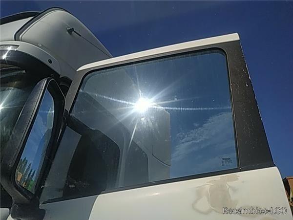 LUNA PUERTA DELANTERO IZQUIERDA Scania Serie 4 (P/R 164 L)(2001->) FG side window for SCANIA Serie 4 (P/R 164 L)(2001->) FG 480 (4X2) E3 [15,6 Ltr. - 353 kW Diesel] tractor unit