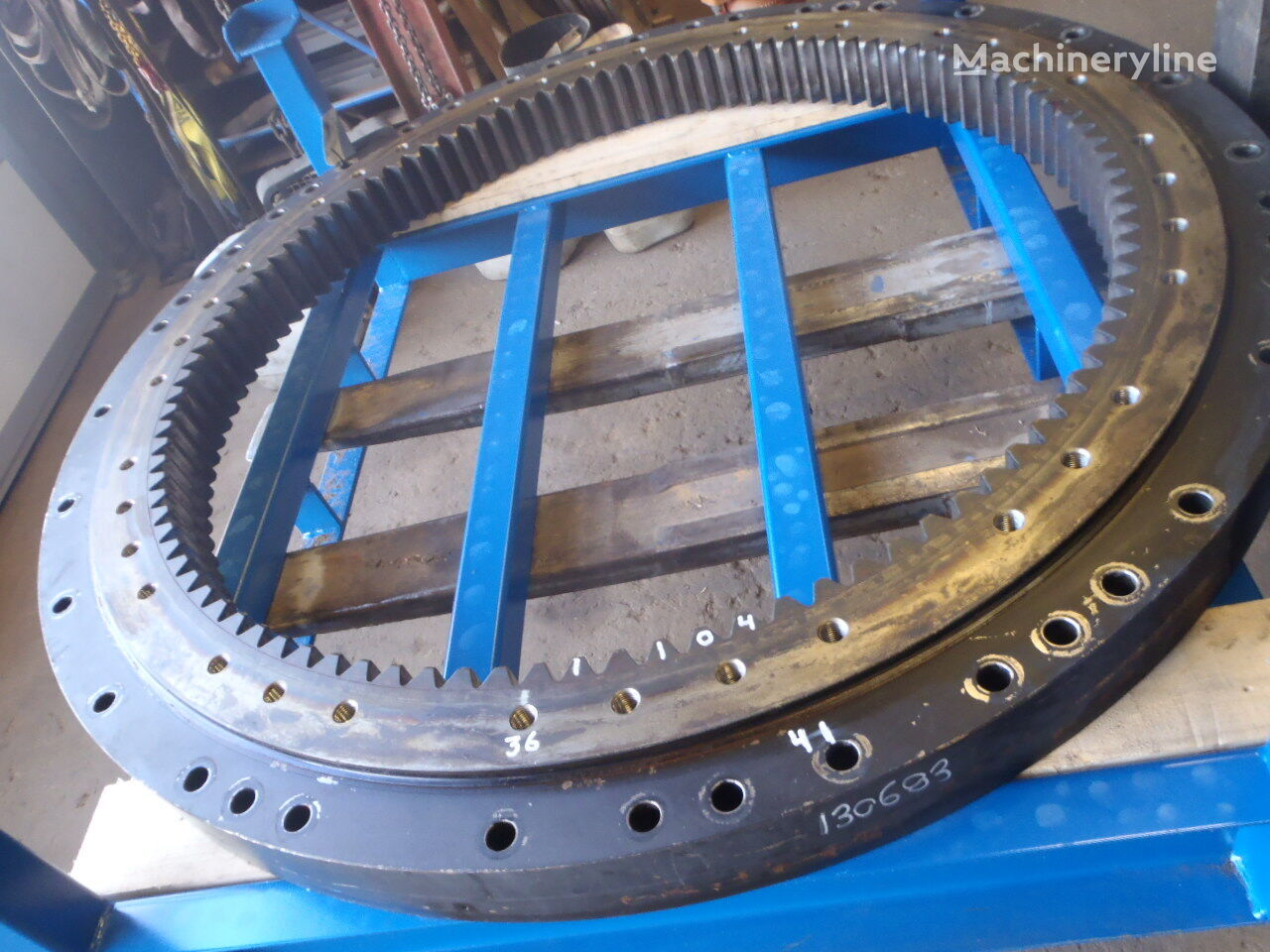 JCB slewing ring for JCB JS160LC excavator