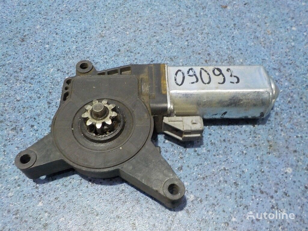 Mercedes Benz Motorchik steklopodemnika RH spare parts for truck