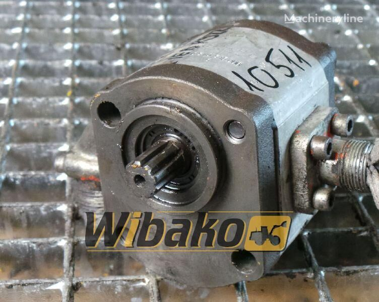 Gear pump Bosch 0510515008 spare parts for 0510515008 excavator