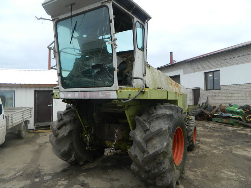 b/u zapchasti/ used spare parts CLAAS spare parts for CLAAS JAGUAR 690 maize header