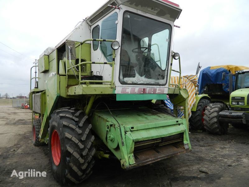 b/u zapchasti / used spare parts spare parts for CLAAS DOMINATOR 106 combine-harvester