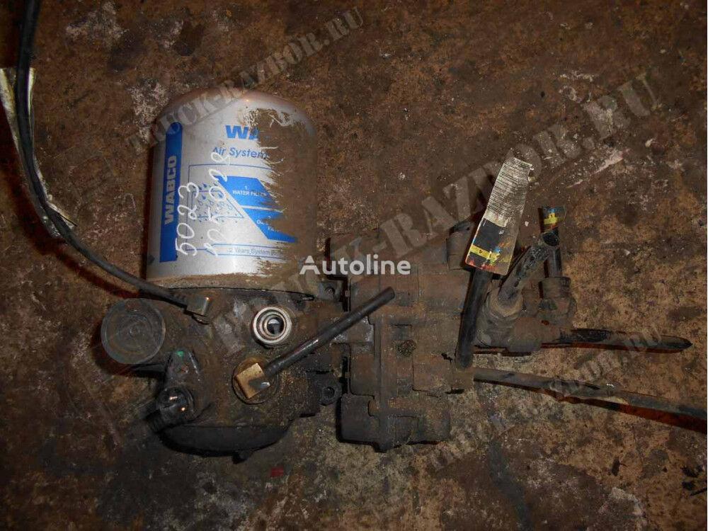 osushitel v sbore DAF spare parts for DAF tractor unit