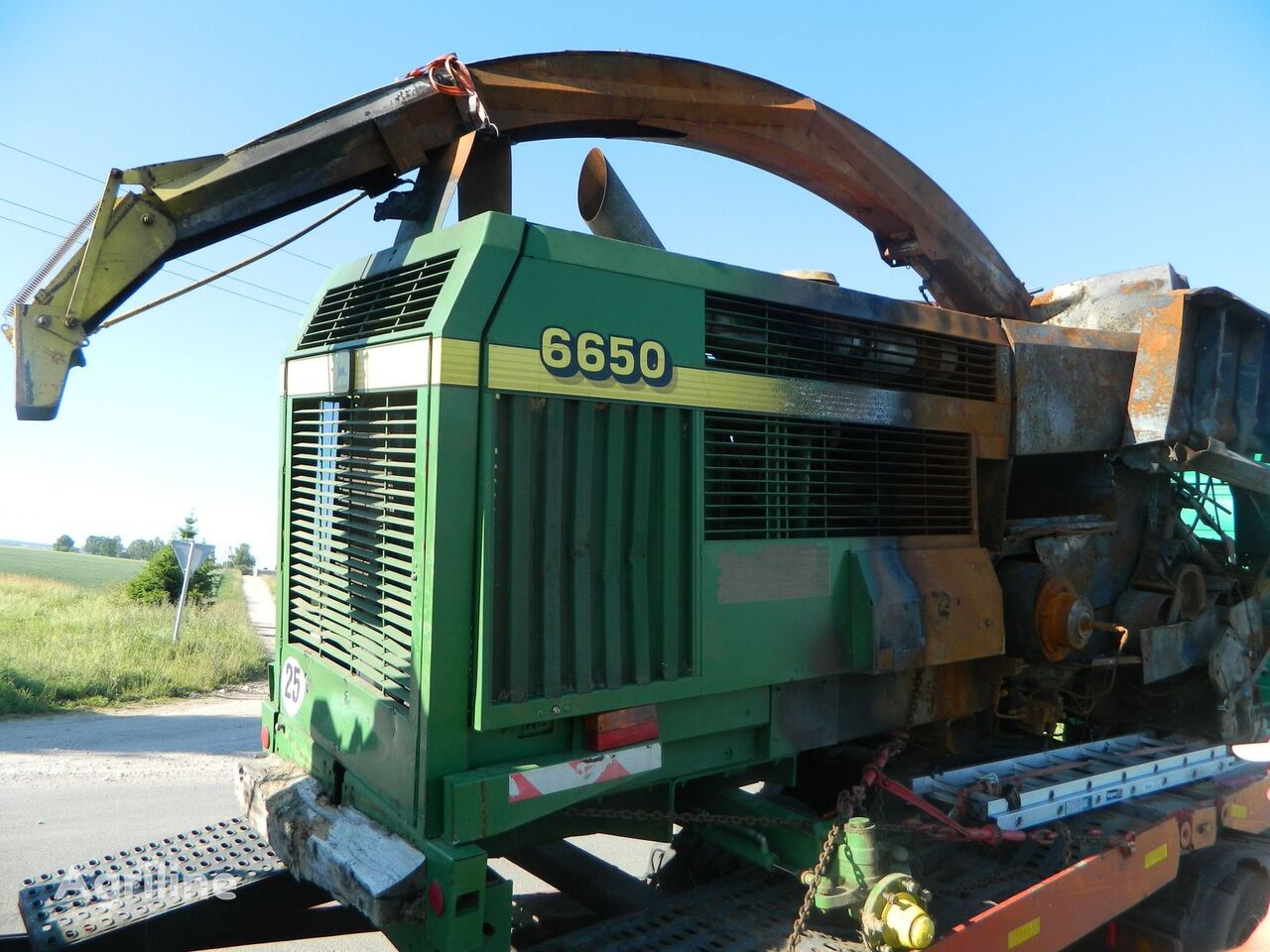 JOH DEERE 6650 FORAGE HARVESTER used spare parts/B/U  JOHN DEERE spare parts for JOHN DEERE 6650 corn header