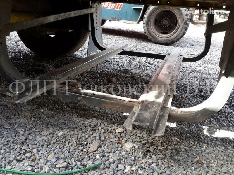 Korzina pod zapasnoe koleso b/u R22.5 i R19.5. spare parts for semi-trailer