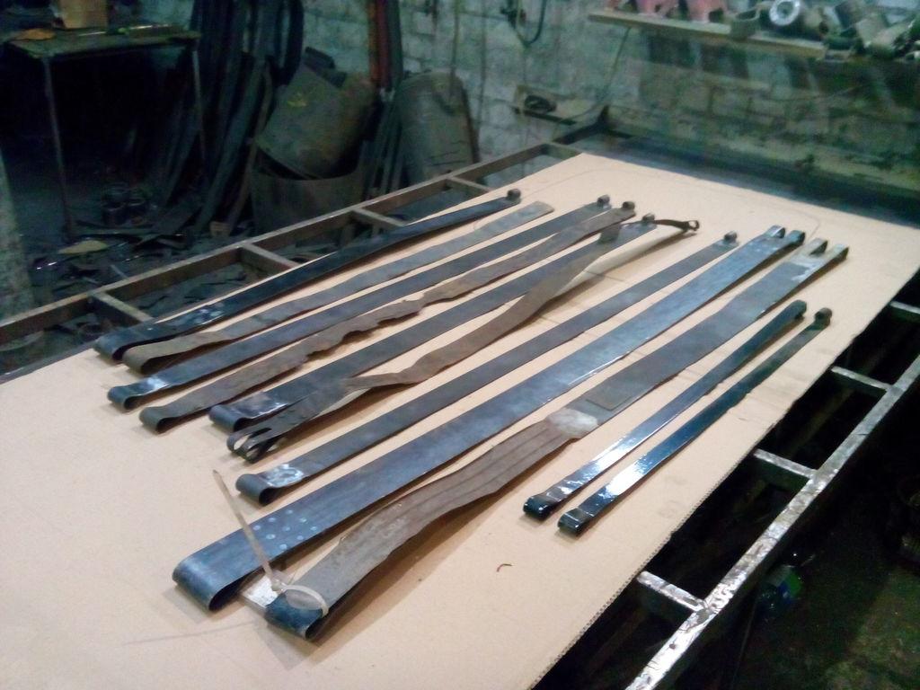 lenta krepleniya baka RENAULT spare parts for RENAULT truck