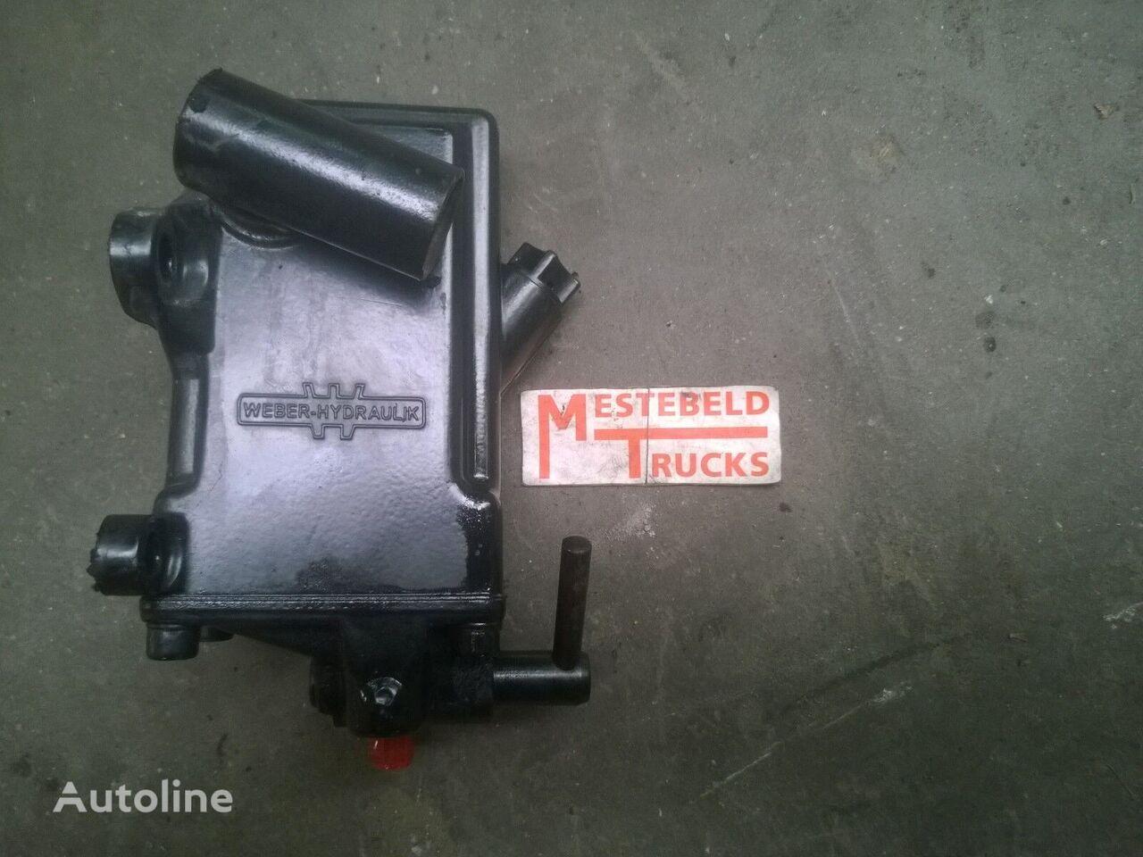 Cabine kantelcilinder RENAULT spare parts for RENAULT Cabine kantelcilinder Midlum tractor unit