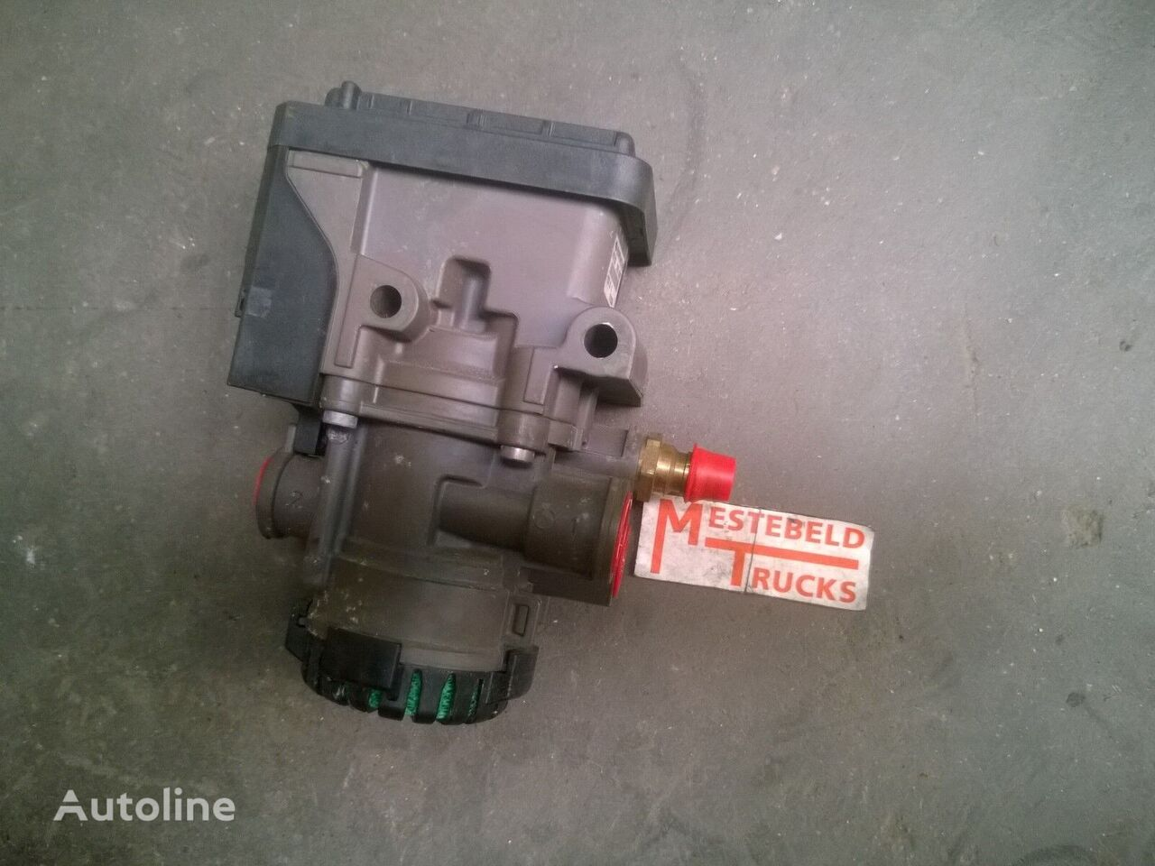 EBS Voorasmodulator spare parts for RENAULT EBS Voorasmodulator truck