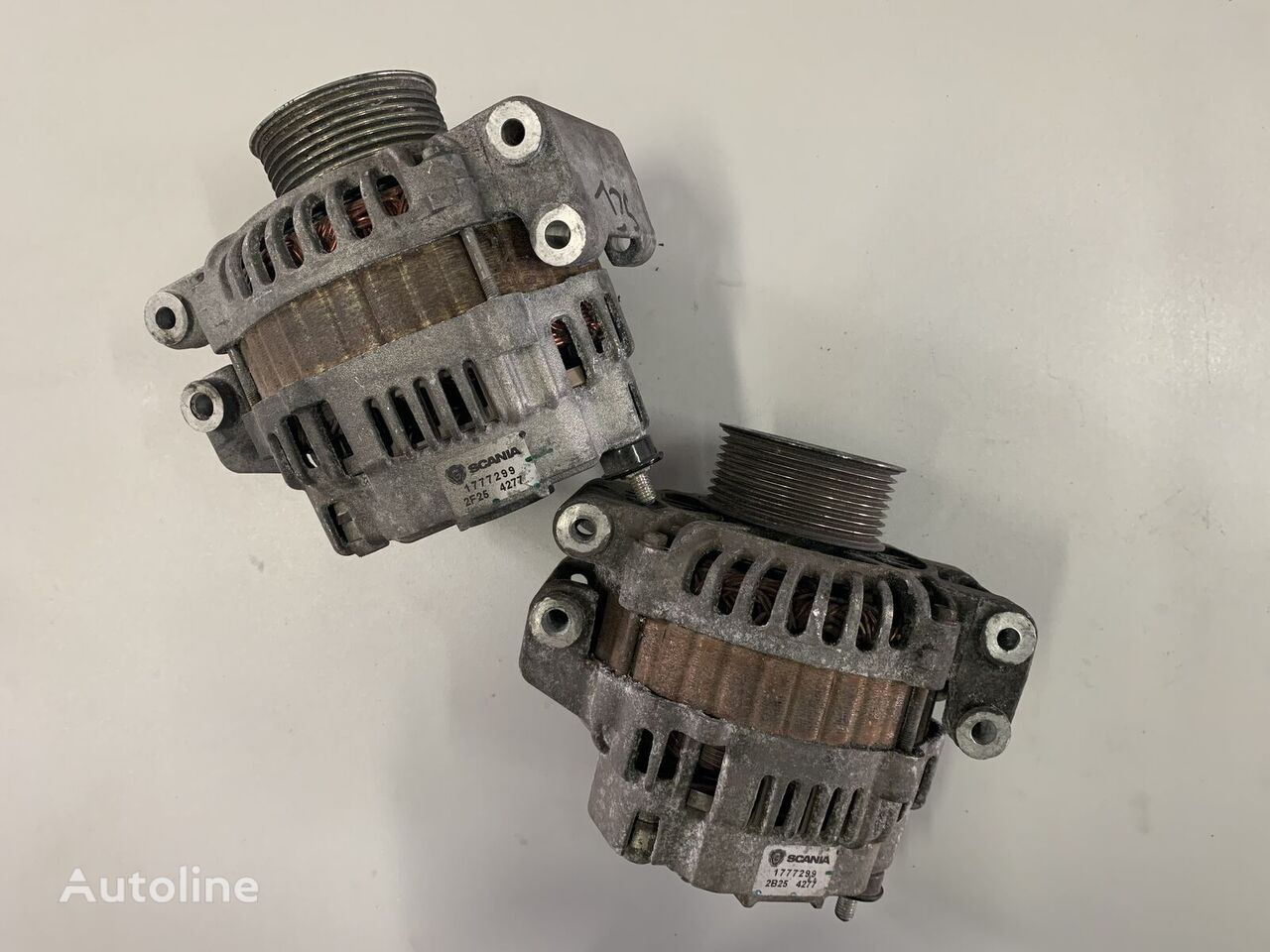 Alternator SCANIA R420 spare parts for SCANIA R420 tractor unit
