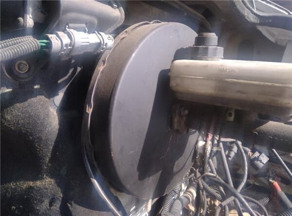 Servofreno Servofreno Iveco Daily II 35 S 11,35 C 11 (99487841) spare parts for IVECO Daily II 35 S 11,35 C 11 truck