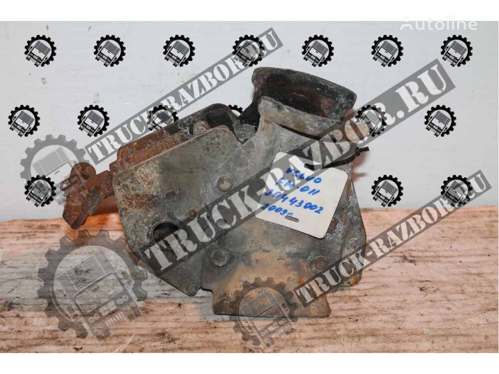 zamok kabiny VOLVO spare parts for VOLVO FM  tractor unit