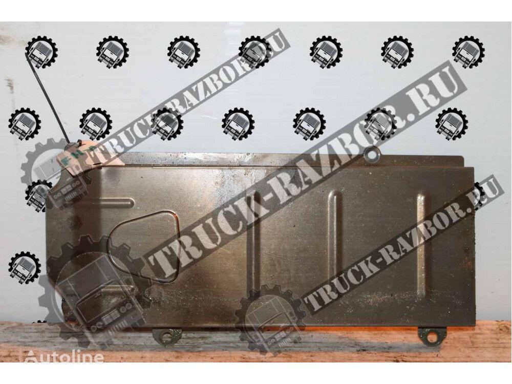 kryshka maslyanogo radiatora VOLVO spare parts for VOLVO FH13  tractor unit