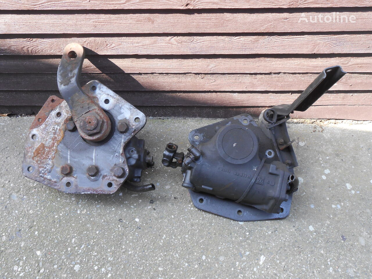 RENAULT steering gear for RENAULT Magnum 430, 440, 480 tractor unit