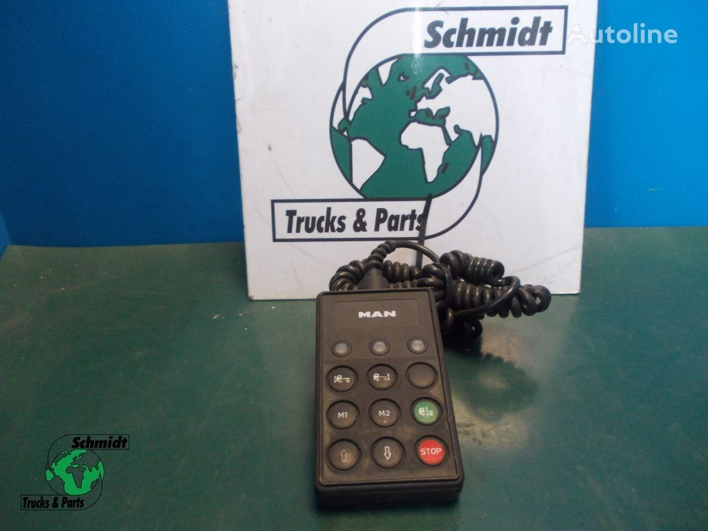 MAN WABCO 446 056 139 0 LUCHTVERING MODULE suspension remote control for truck