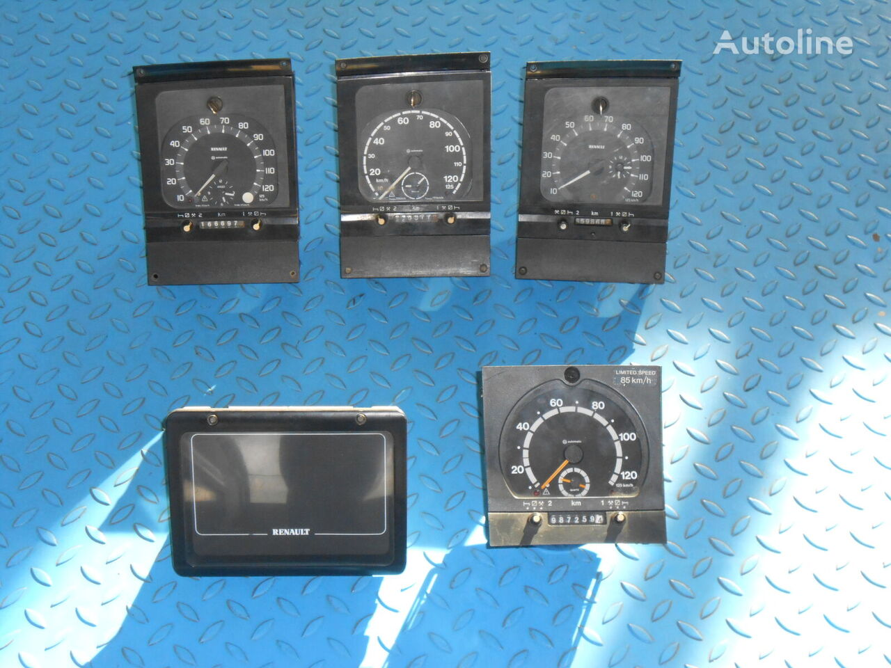 RENAULT tachograph for tractor unit